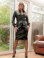 Fetish wife in Latex, PVC, Stocking, Nylons, High Heels, fully fashioned stockings